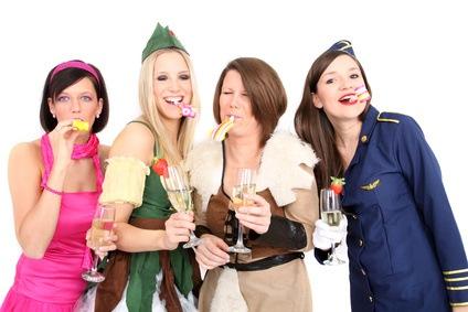 Motto-Partys: Faschingsmode wird zum Ganzjahresartikel