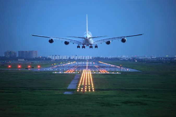 Flugzeug (2)