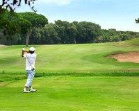An der gesamten Adriaküste stoßen Sie auf Golfclubs und Golfplätze