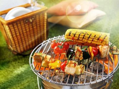 Die Grillsaison startet – Alternativen zu Bratwurst und Co.