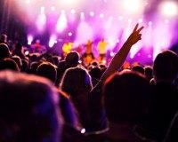 Dubstep Konzert mit Fans
