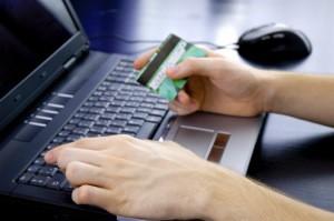 Online buchen zahlt sich meist aus im Vergleich zum Reisebüro!