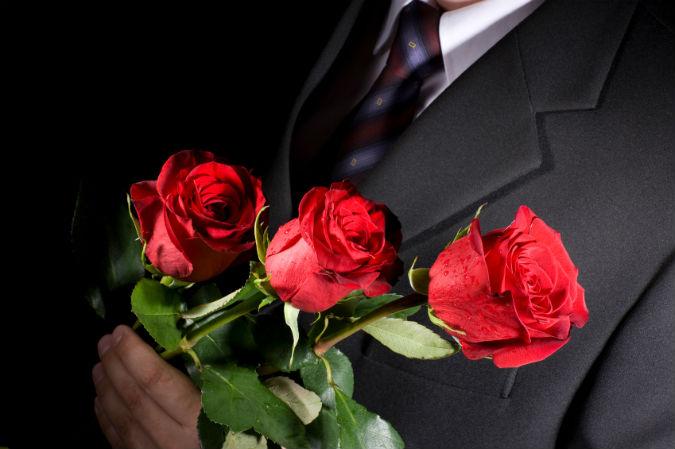 Bachelor mit Rosen