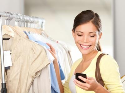 Das Smartphone kann durch Mode Apps zum Shoppingberater werden