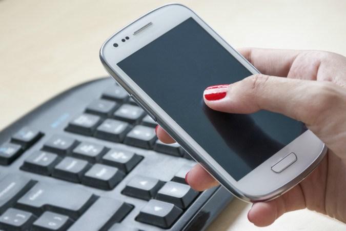 Smartphone Handyvertrag vs. Prepaid