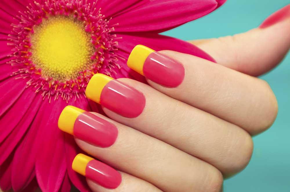 Two-tone-manicure