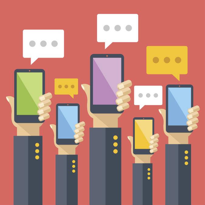 Hochhalten mehrer Handys mit Nachrichten