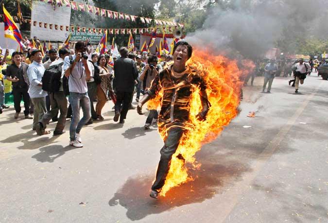 brennenden-Demonst-Tibet