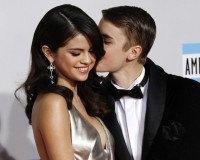 Justin Bieber schreibt Ballade für Selena Gomez