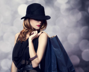 Luxus Mode aus dem Outlet bietet Kostenvorteile