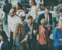 Menschen im Gespräch - Wie führt man Smalltalk